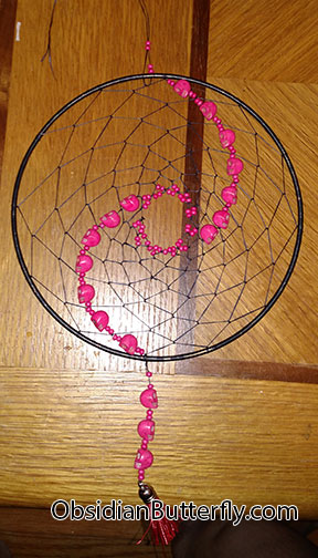 hot pink dreamcatcher with skulls,from www.ObsidianButterfly.com